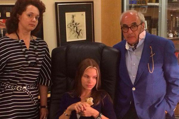 Некоторое время назад адвокаты помогали Сафроновой вернуть сына