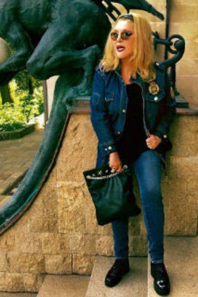 Алла Борисовна выбирает смелые наряды