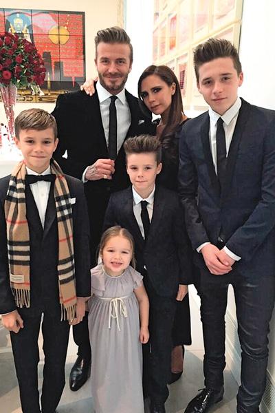 После появления на свет троих сыновей – Ромео, Круза и Бруклина (слева направо) в 2011 году у пары родилась долгожданная дочь