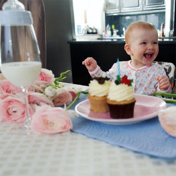 27 марта дочке Елены Темниковой Саше исполнился годик