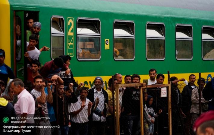 Канадские власти согласились принять еще 10 тысяч сирийских беженцев