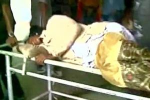В Индии от удара током погибли 11 протестующих