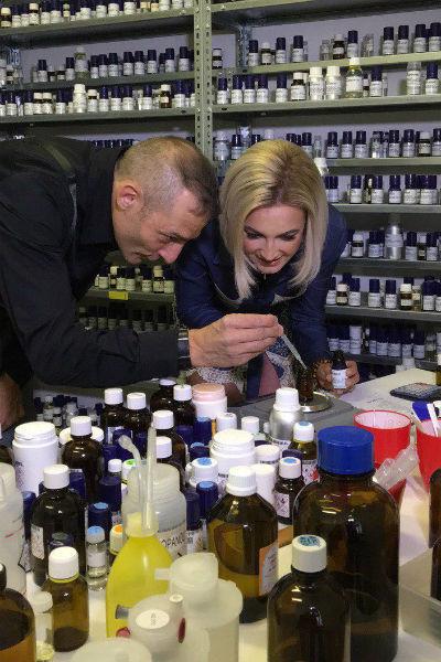 Ольга встретилась с парфюмером, чтобы рассказать о своей задумке