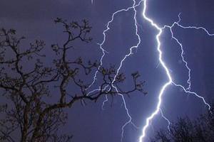 Во Франции и Германии от удара молнии пострадали более 40 человек