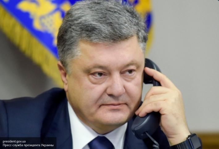 Порошенко «вычеркнул» из санкционного списка 29 журналистов