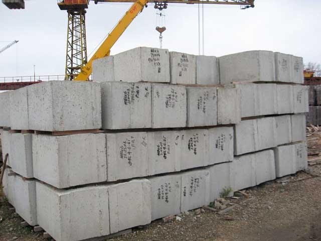 Фундаментные-блоки-в-строительстве