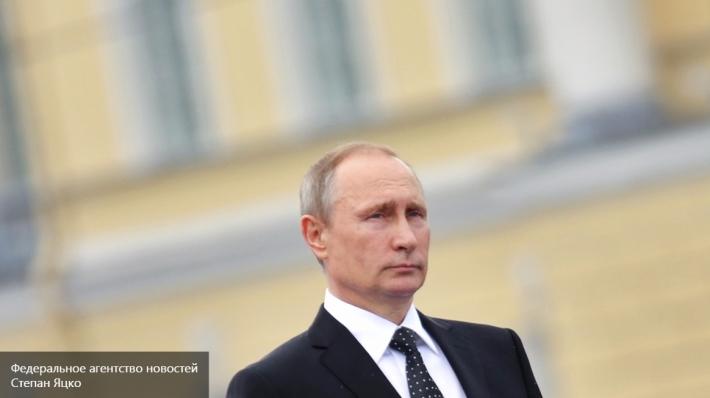 Путин поручил руководителям Крыма и Севастополя повысить доходы населения