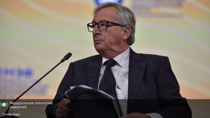 Глава Еврокомиссии допустил введение безвизового режима с Турцией 1 октября