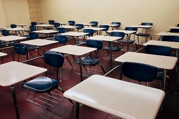 Некоторые выпускники скандальной школы отказываются верить в то, что там якобы происходило