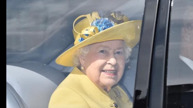 Королева Великобритании пригласила Трампа с супругой посетить страну