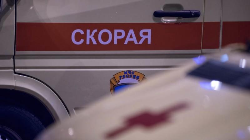 Поезд насмерть сбил двух мужчин на севере Москвы