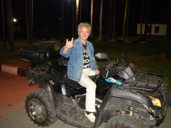Игорь Кущев был в составе группы «Сектор Газа» с 1989 по 1991 годы