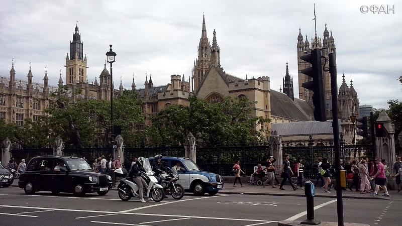 Палата общин Британии приняла законопроект по Brexit во втором чтении