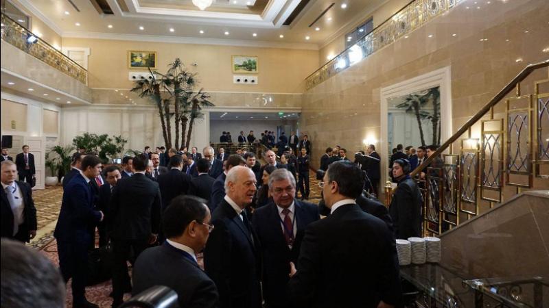 Источник рассказал о новом участнике переговоров по Сирии в Астане