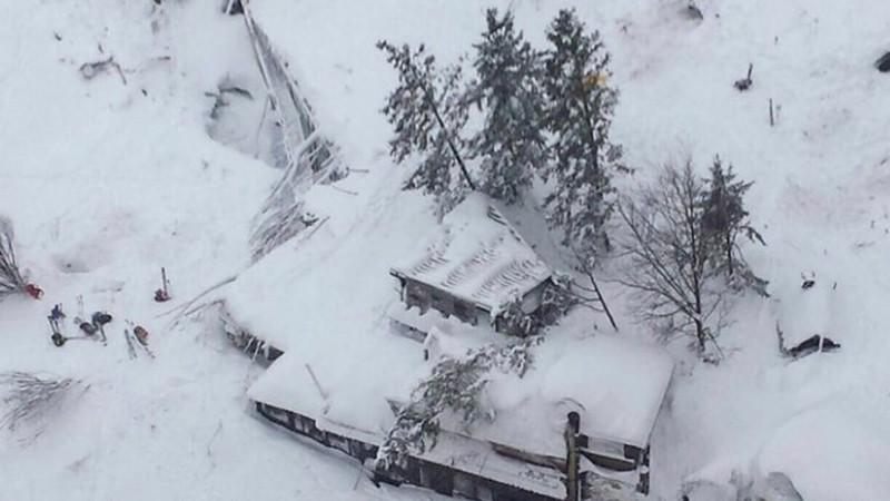 Более 100 человек погибли в результате схода лавин в Афганистане