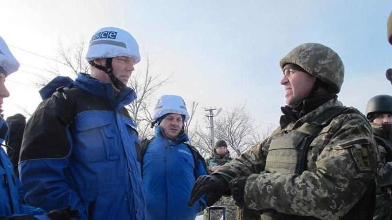 ОБСЕ сообщает об использовании реактивной артиллерии близ Мариуполя на юге Донбасса
