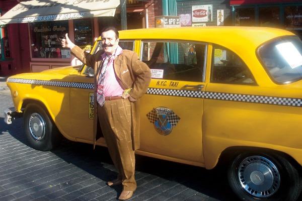 Вилли Иванович был таксистом четыре года