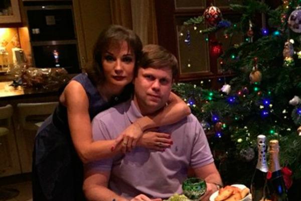Буланова не исключает, что ее семья воссоединится