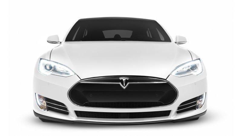 Tesla отзывает более 50 тыс. автомобилей из-за проблем с тормозом