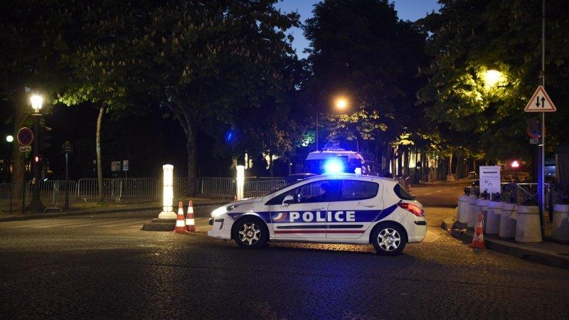 Видео с места перестрелки в центре Парижа появилось в Сети