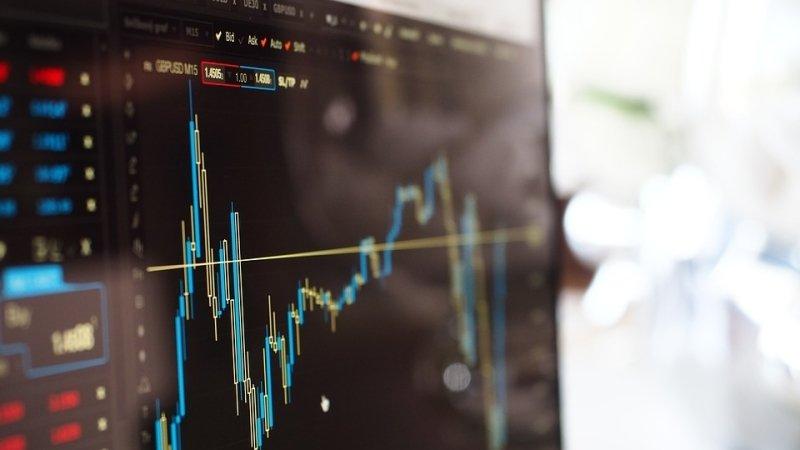 Индекс NASDAQ достиг исторического максимума, превысив отметку в 6 000 пунктов
