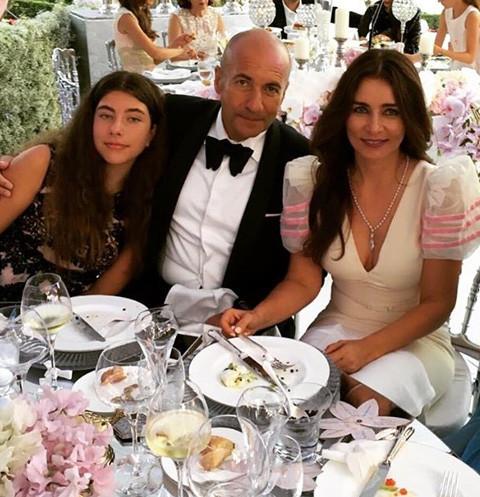 Игорь Крутой с дочерью Александрой и женой Ольгой