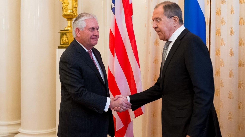 Лавров и Тиллерсон обсудили урегулирование в Сирии по телефону— МИД РФ