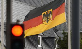 Немецкий политик рассказал о важности для Германии диалога с Россией