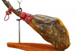 Кто украл хамон? В Госдуме РФ гурман вынес с выставки мясной деликатес