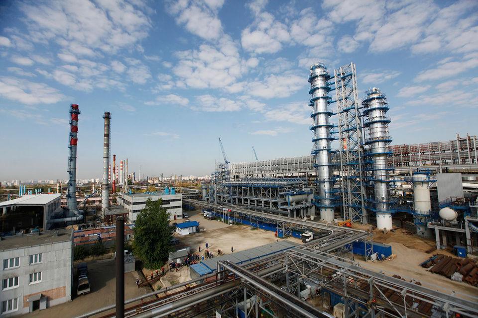 Объем переработки завода останется на уровне 12 млн т. МНПЗ обеспечивает порядка 40% поставок топлива в Московский регион