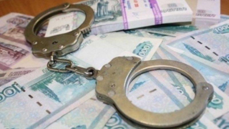 Домработница из Средней Азии украла деньги у семьи из Владивостока