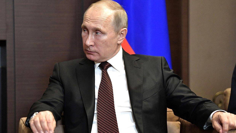 Путин сводил Саргсяна в Третьяковку и подарил ему картину Врубеля