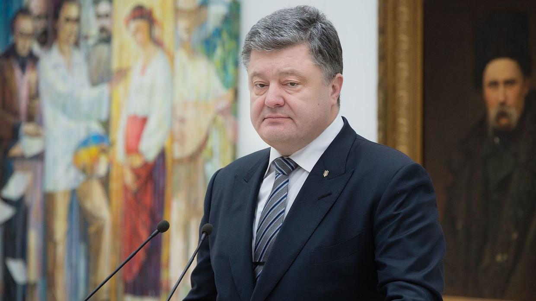 Порошенко может отказаться от участия в саммите в Брюсселе из-за текста декларации – СМИ