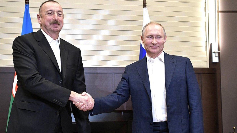 Путин по телефону поздравил президента Азербайджана Алиева с Днем рождения