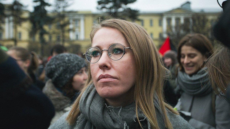 Выборы-2018: Собчак собрала более половины необходимых для регистрации подписей