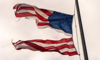«Распад истины»: снижение роли фактов в общественной жизни Америки