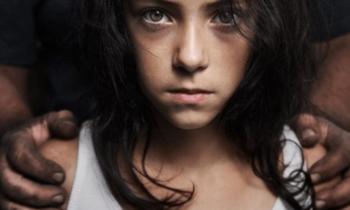 Маленькие Барби: секс-торговля девочками-подростками — маленький грязный секрет Америки