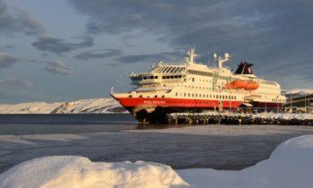 Норвежские круизные лайнеры собираются покорить воды российской Арктики
