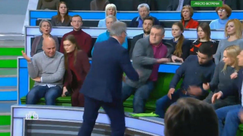 «Андропова на них нет»: Долгов прокомментировал драку между Суворовым и Норкиным