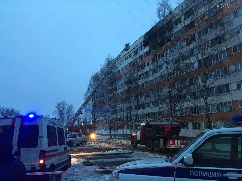 Жители рассказали о взрыве газа в доме на проспекте Народного Ополчения. ФАН-ТВ