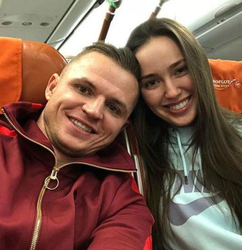 Тарасов и Костенко сыграли свадьбу в январе этого года