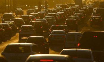В связи с повышением НДС аналитики прогнозируют спад продаж на российском рынке автомобилей