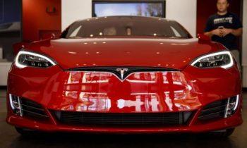 Tesla переживает бум продаж в России