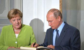 Путин и Меркель завершили переговоры в Берлине