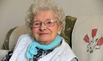 101-летняя женщина заявила, что секрет долголетия в бренди
