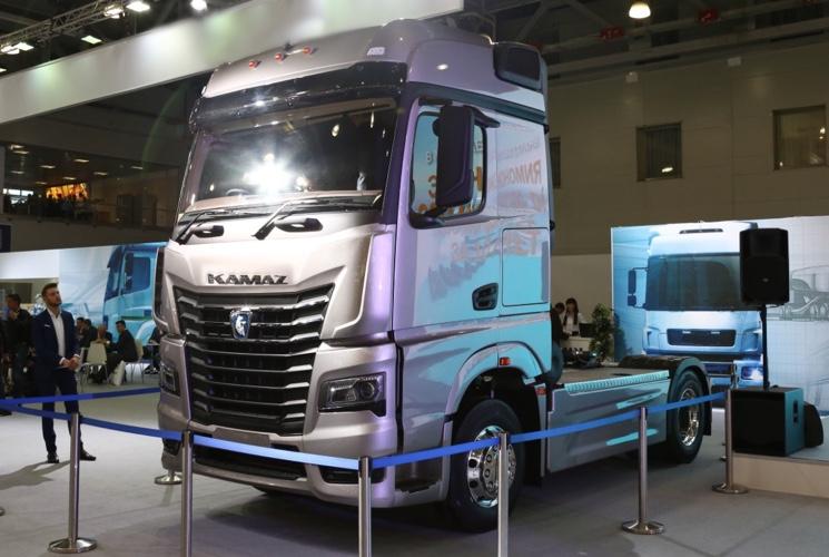 Новый магистральный КАМАЗ 54901