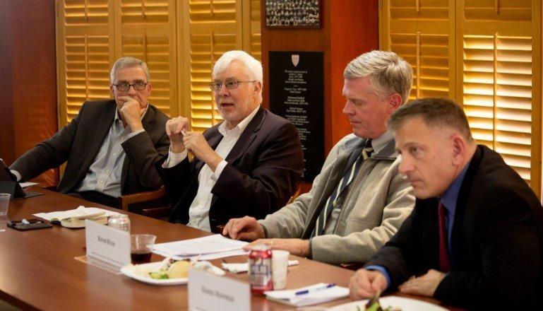 Американо-российские отношения: дискуссия за закрытыми дверями