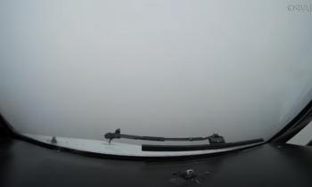 «Слепую» посадку самолета в Белоруссии сняли на видео из кабины пилотов