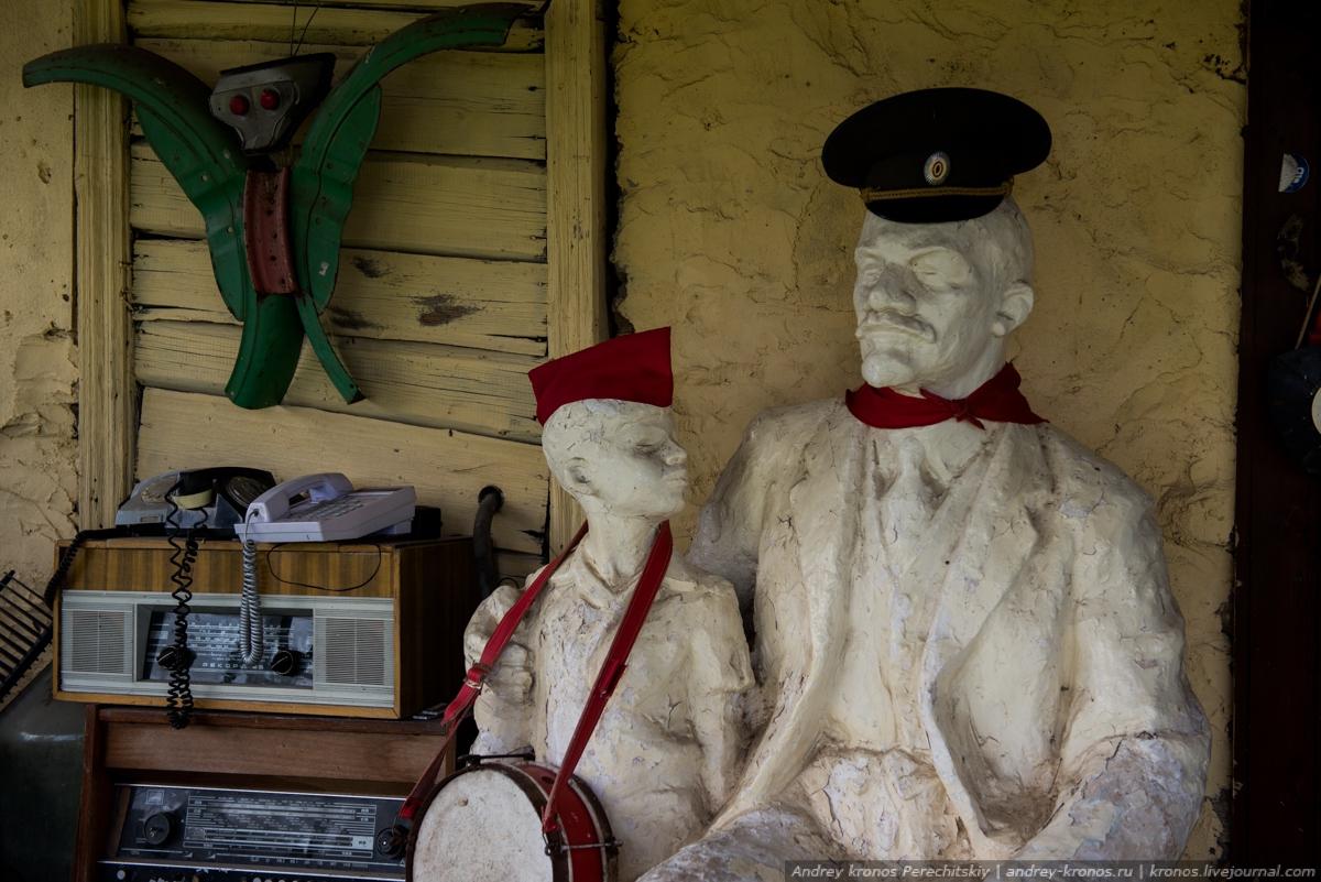 Под Псковом открыта галерея удивительных советских раритетов
