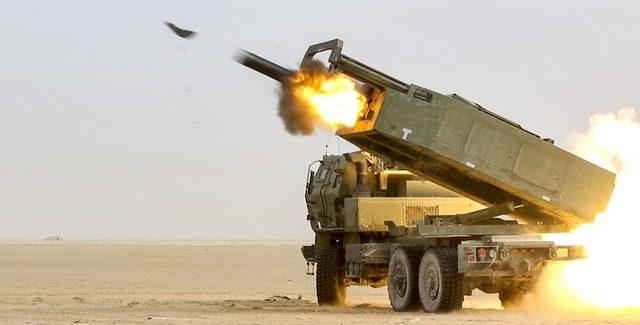 Министр сухопутных войск США рассказал, какие вооружения необходимы для войны против Китая и России